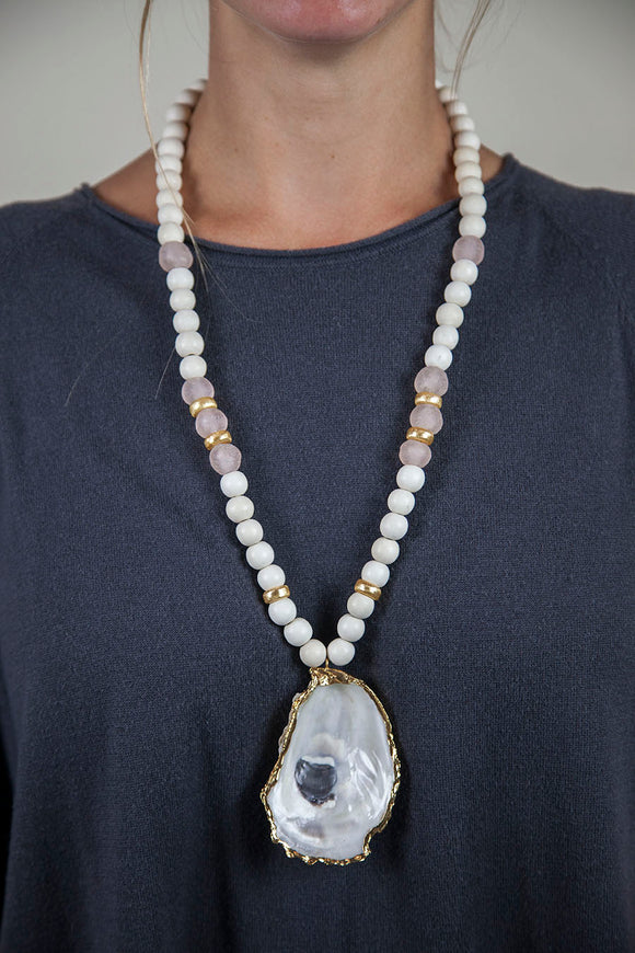 PINK+ WHITE OYSTER NECKLACE