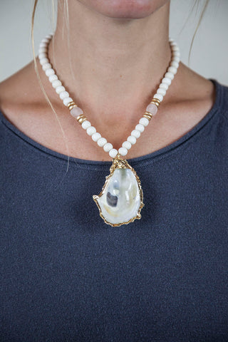 PINK + WHITE OYSTER NECKLACE