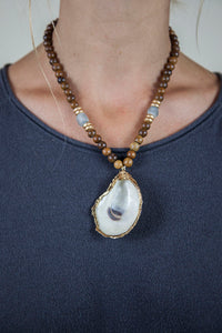 BLUE + BROWN OYSTER NECKLACE