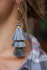 CHARCOAL OYSTER TASSELS