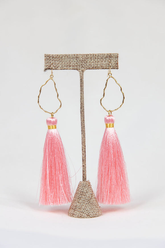 LIGHT PINK OYSTER TASSELS