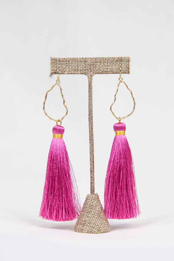 HOT PINK OYSTER TASSELS