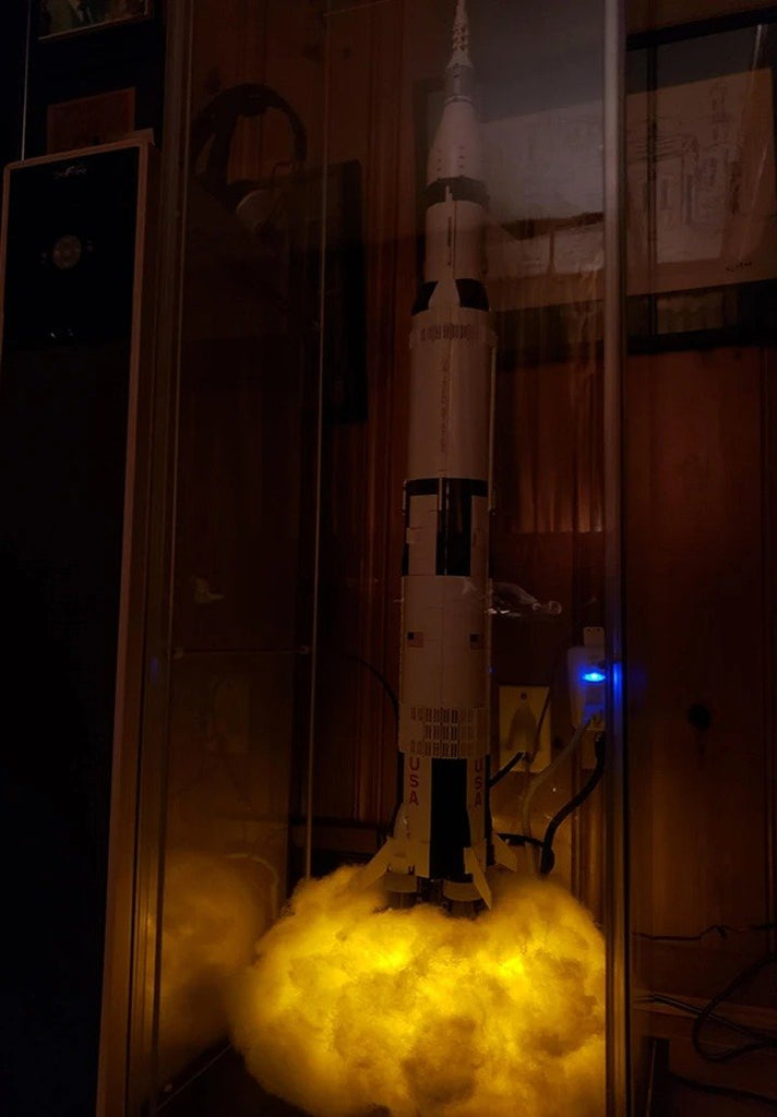 Apollo Space Saturn V Rocket Lamp
