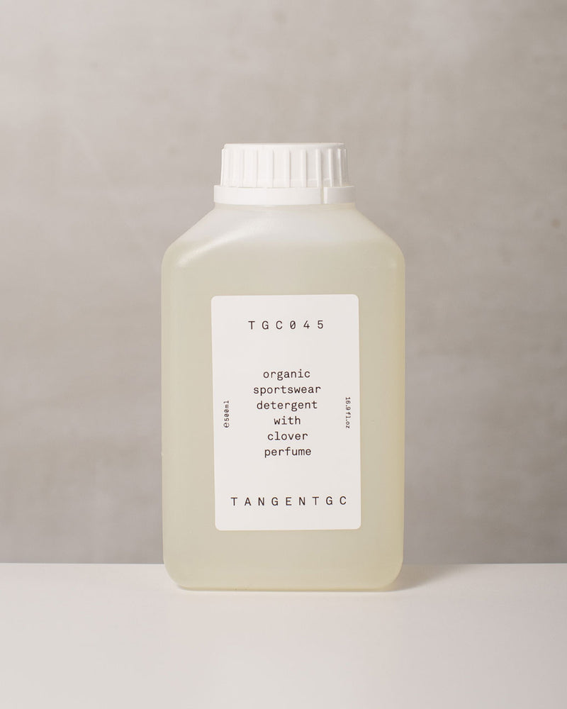 Organic Sportswear Detergent With Clover Perfume