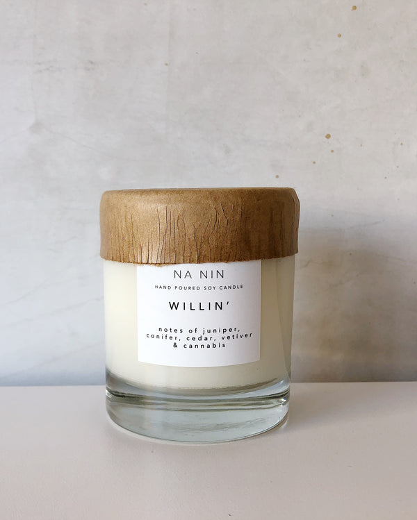 Willin' Candle 8oz