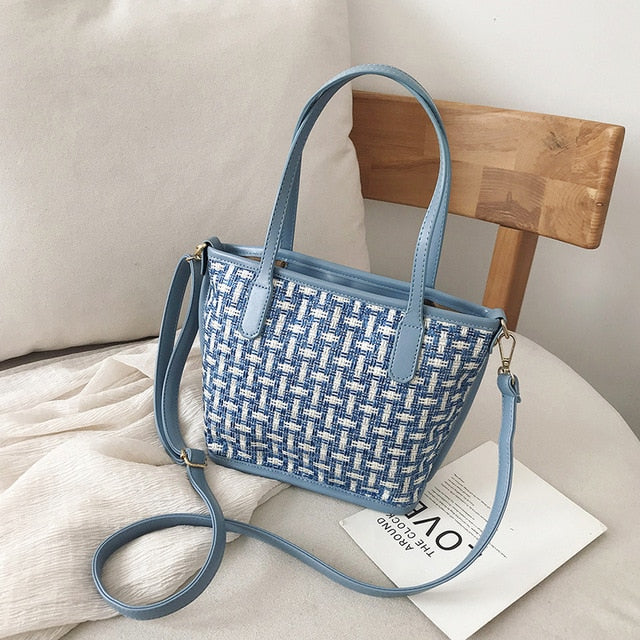 Blue Single Shoulder Weave Crossbody Bag