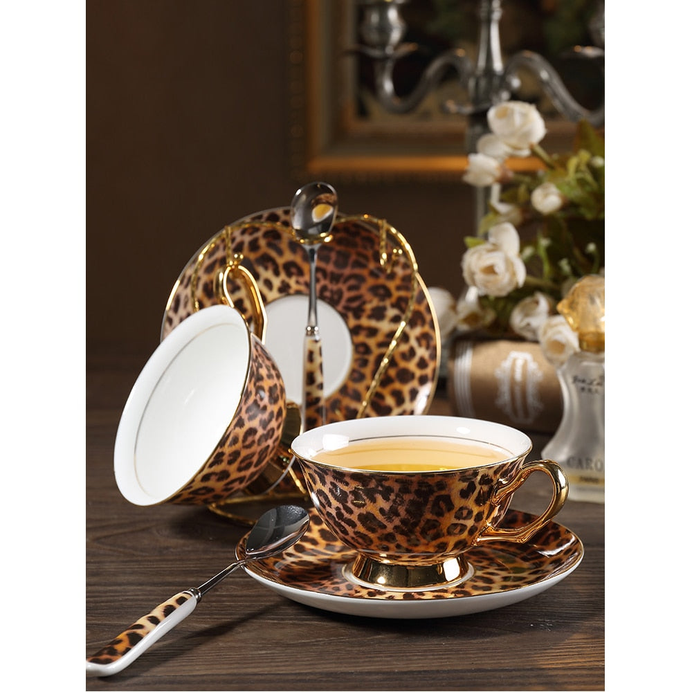 Classic leopard print bone china coffee cup and saucer porcelain tea cup set espresso cups British Afternoon Tea party Drinking
