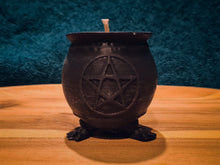 Load image into Gallery viewer, Pentacle Witches Cauldron Soy Candle