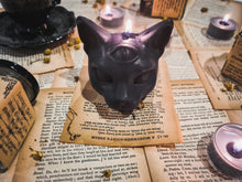 Load image into Gallery viewer, 3rd Eye Magic Cat Head Soy Candle