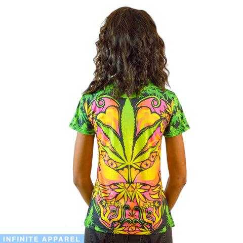 Cannabis Love Women's T-Shirt