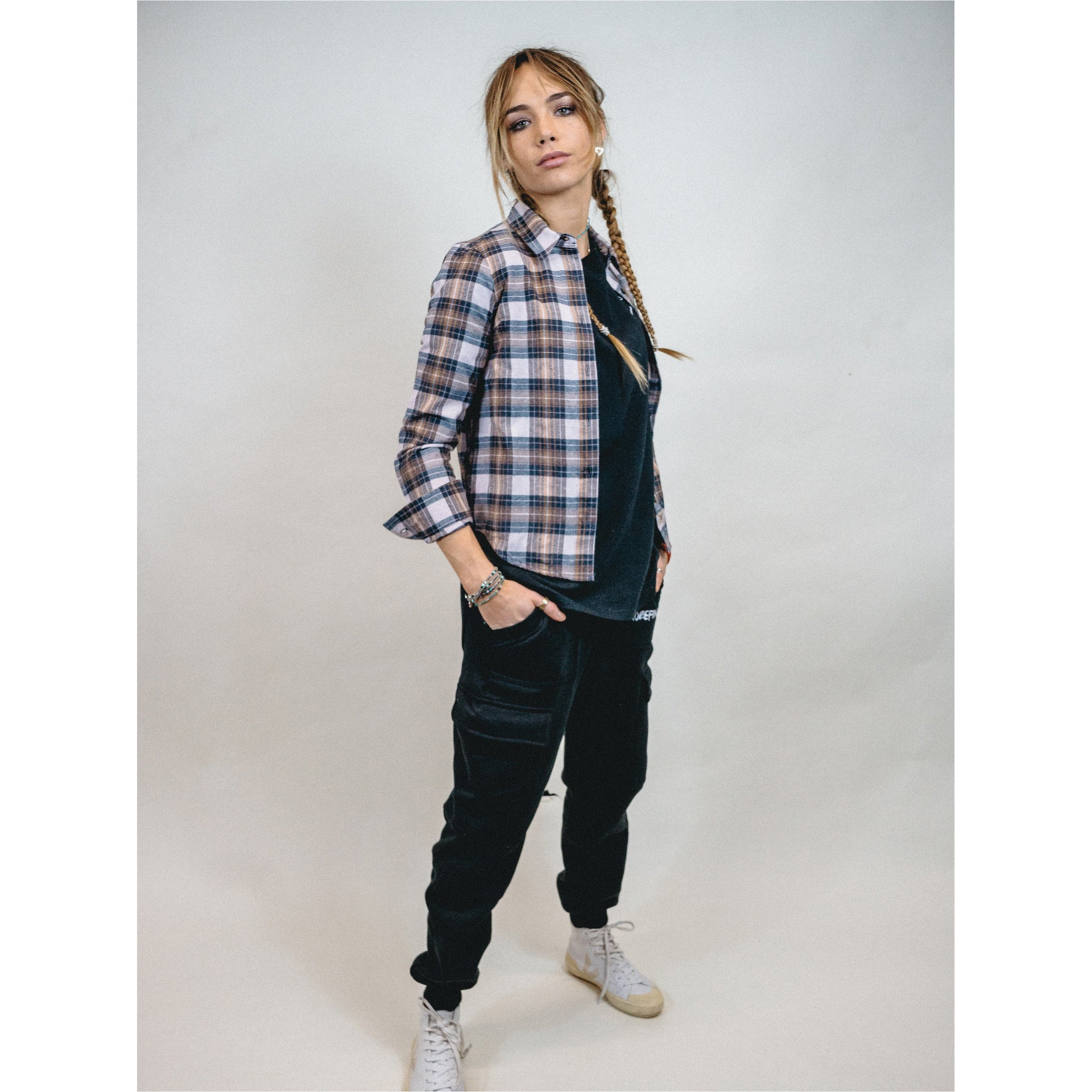 AMY WOMENS RECYCLED COTTON CHECK SHIRT.