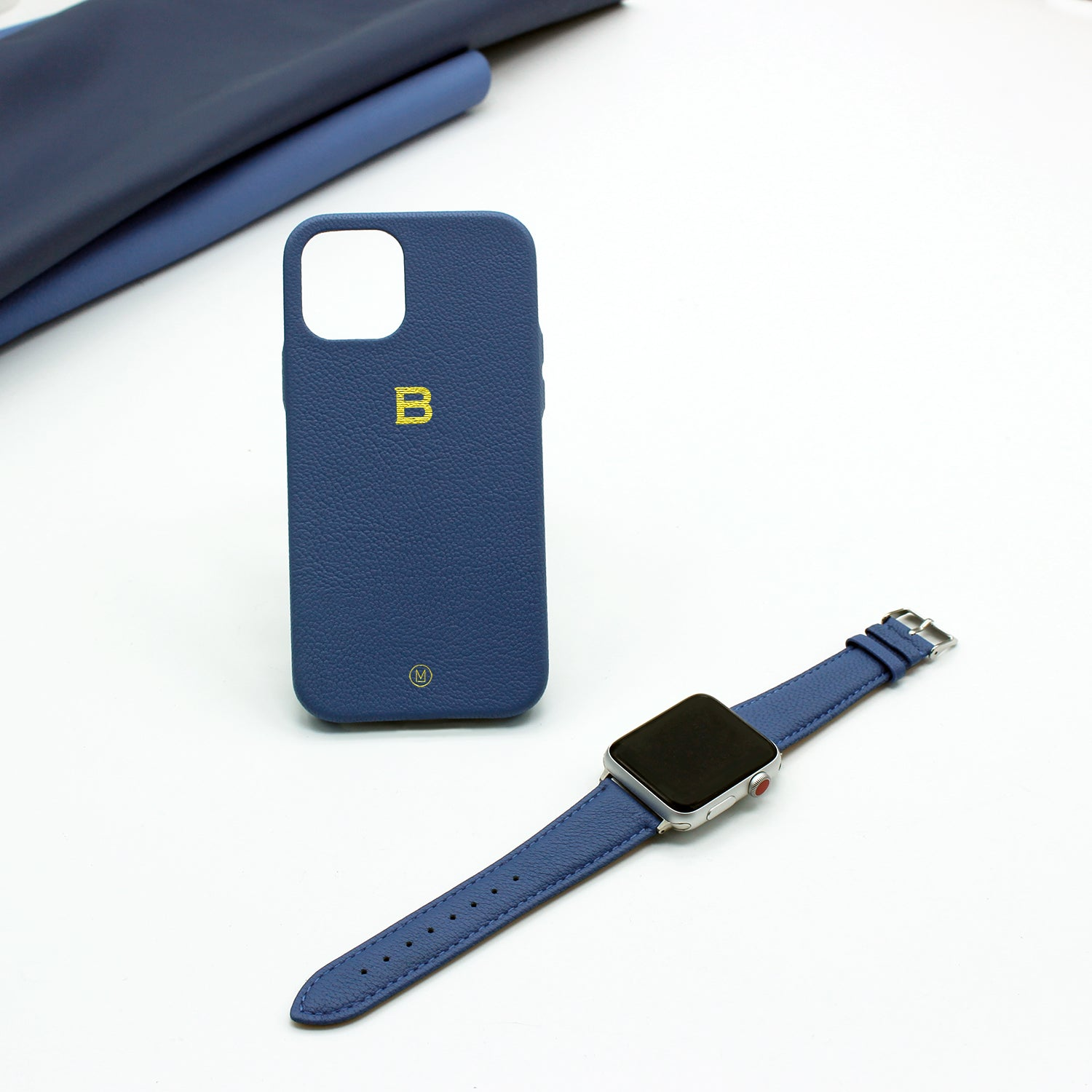 Bundle - iPhone Case + Apple Watch Bands