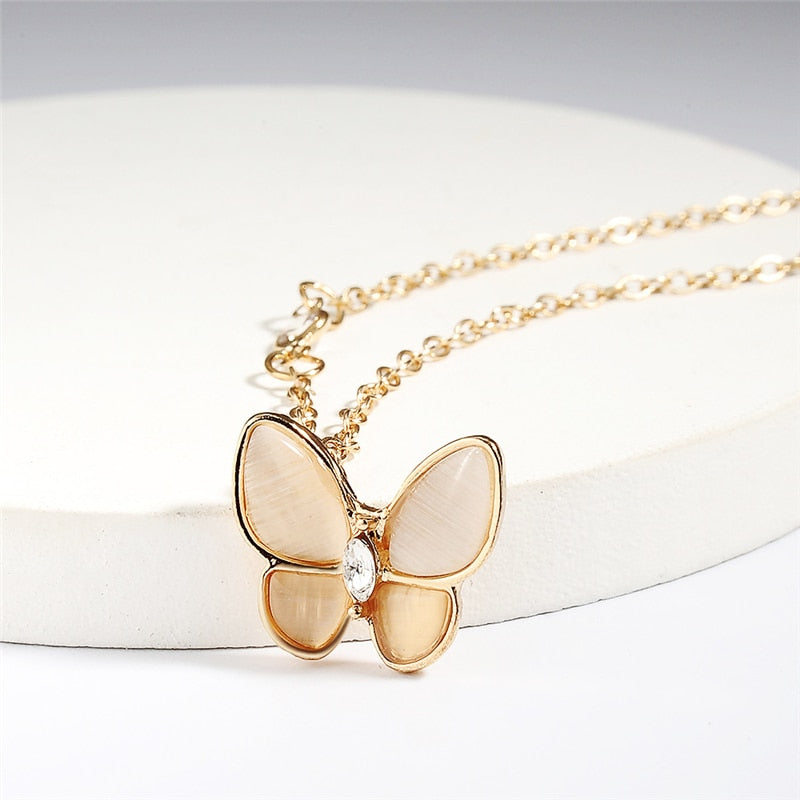 Classic Women Butterfly Elegant Necklace