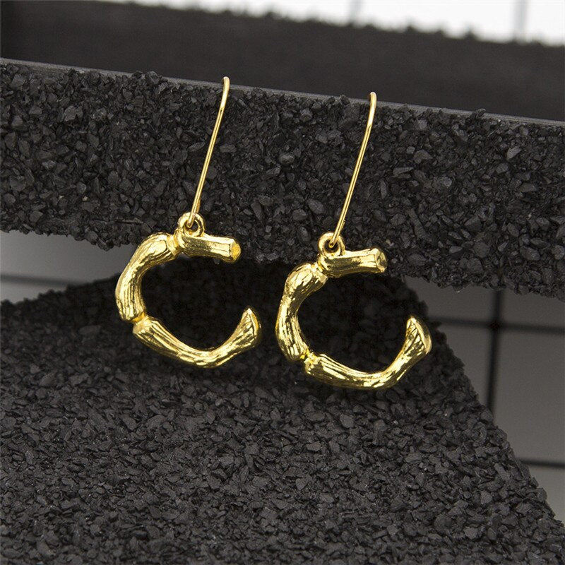 Luokey Gold Women A-Z Letter Earrings 26 English Initial Punk Name Cartilage Dangle Drop Earrings Charm Jewellery 2020 Wholesale