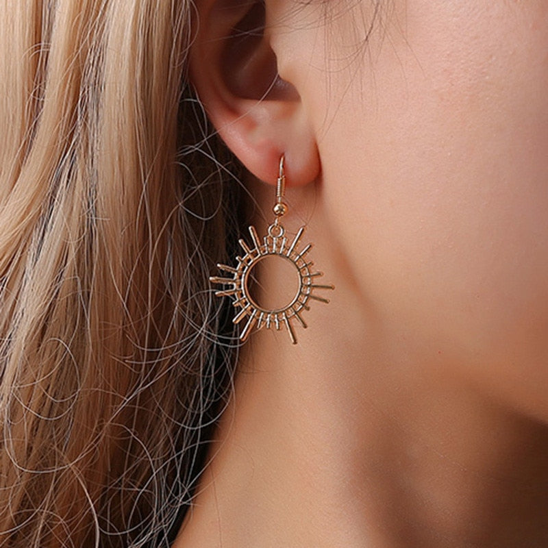 Vintage Gold Sun Geometric Loop Gear Drop Earrings