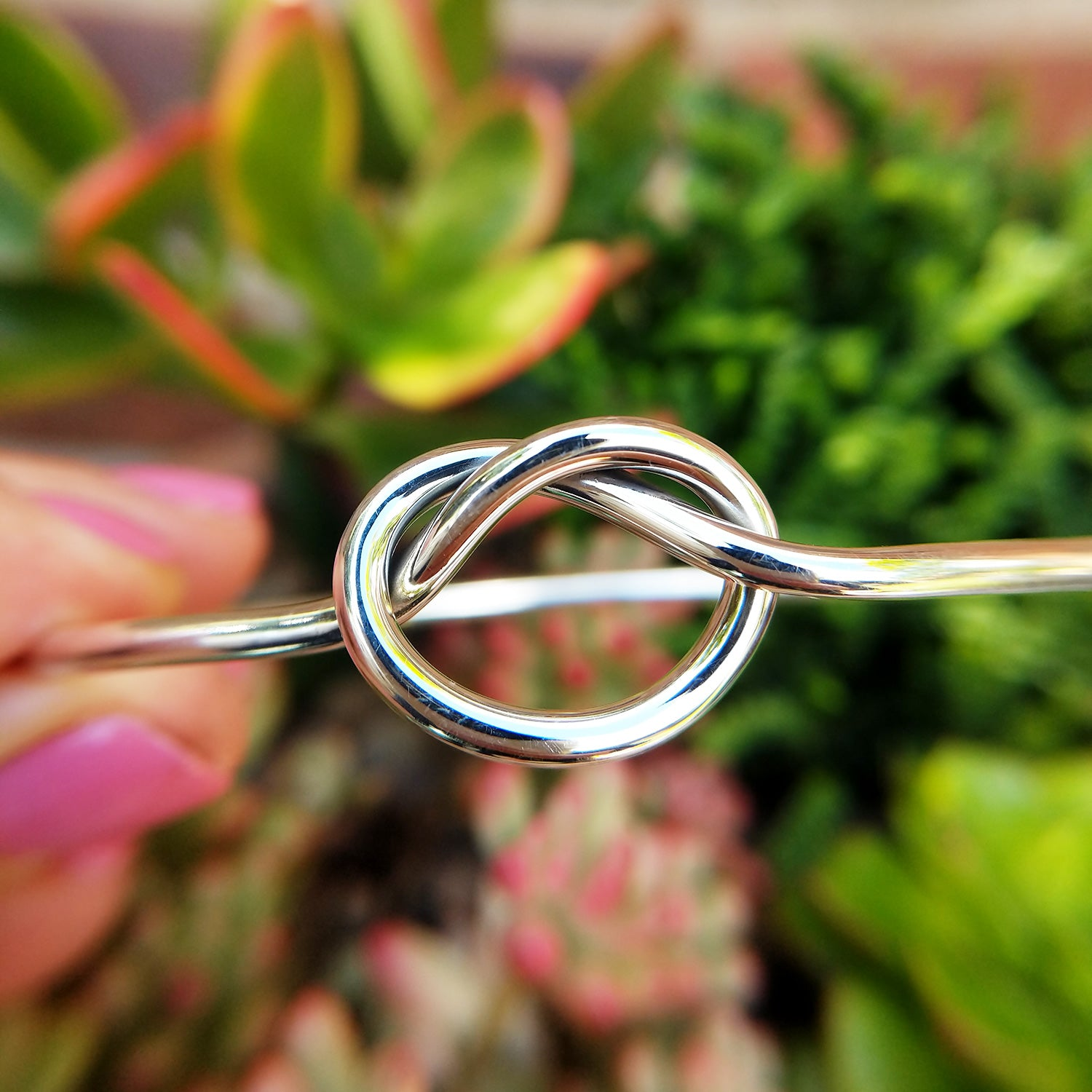 silver ladies knot bangle