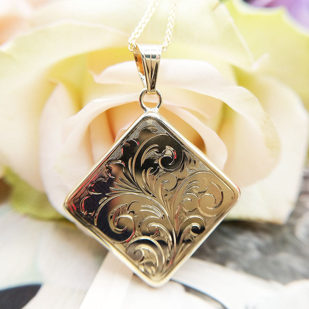 sold gold make in Britain locket