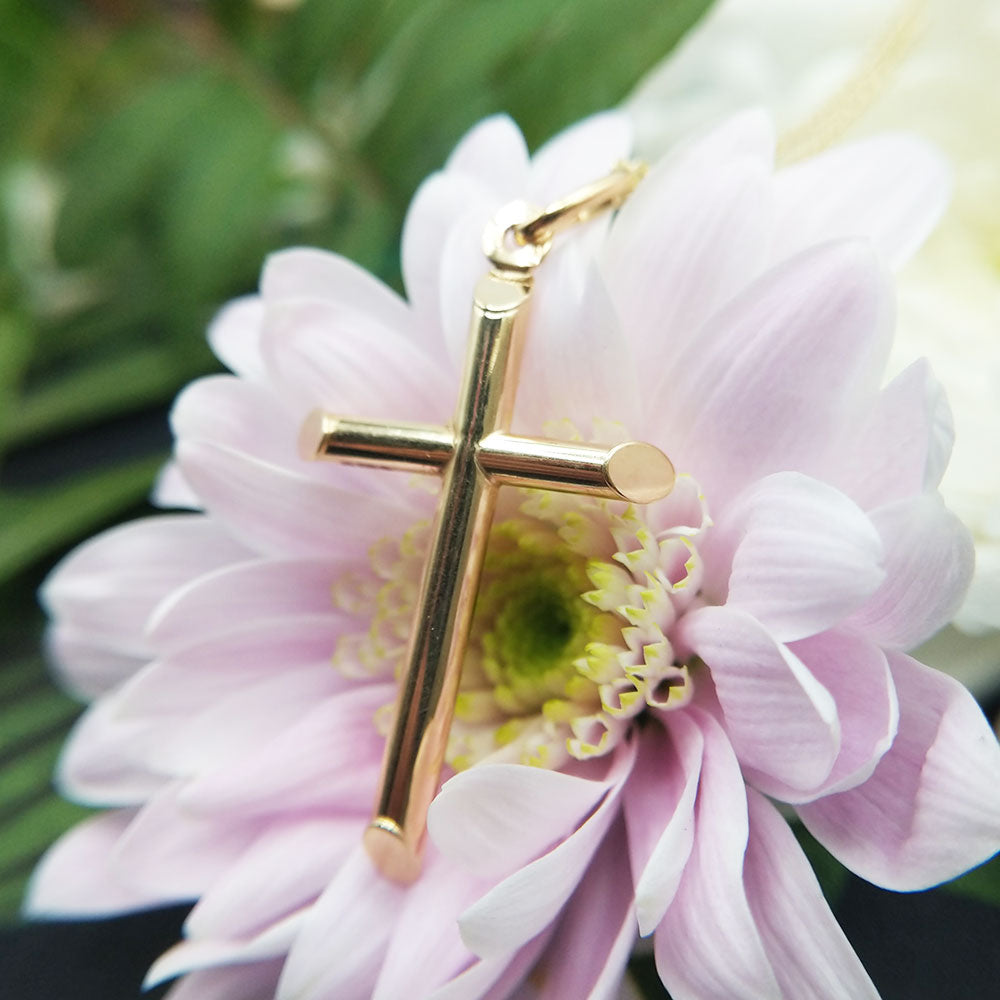 9ct yellow gold cross necklace