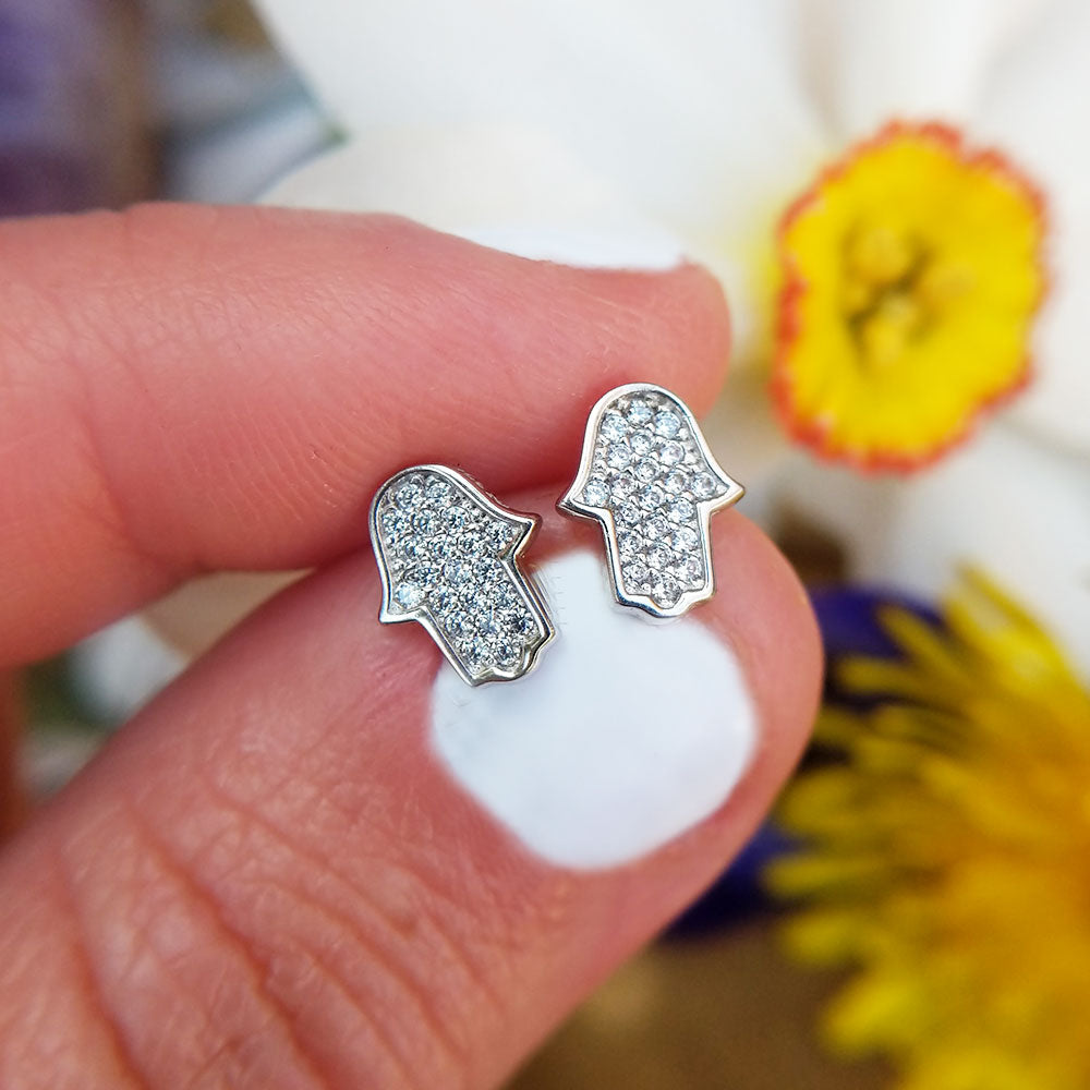 women's white gold stud earrings