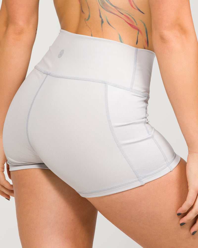 The Yogi Short Dove Grey
