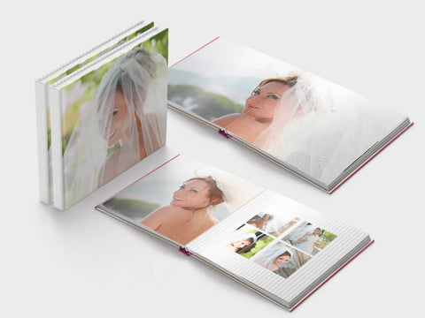 Lay-flat wedding photo book - square format