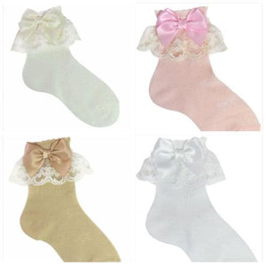 Lace bow ankle socks