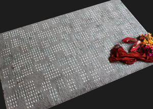 Azal Slate | Micro Elements | 30 Knots Hand-knotted with NZ Wool & Tencel | 5' x 8