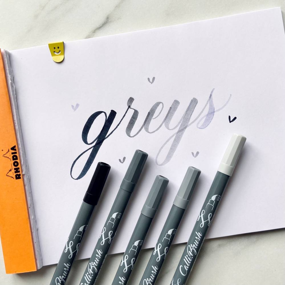 Brush lettering with the ONLINE Calli.Brush Grey Edition pen set
