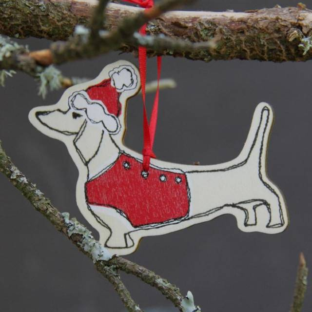 Wooden dachsund ornament from Poppy Treffry