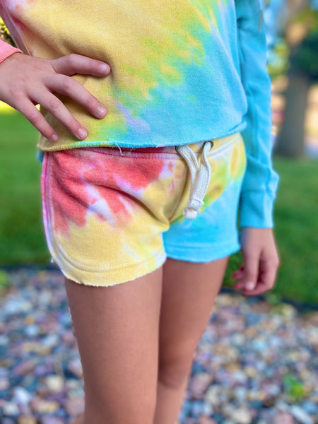 CORAL/YELLOW/TURQUOISE TIE DYE SHORT