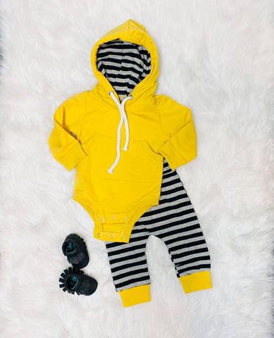 yellow striped 2 piece hooded set