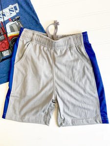 STRIPED PERFORMANCE SHORT ~ METAL BLEND