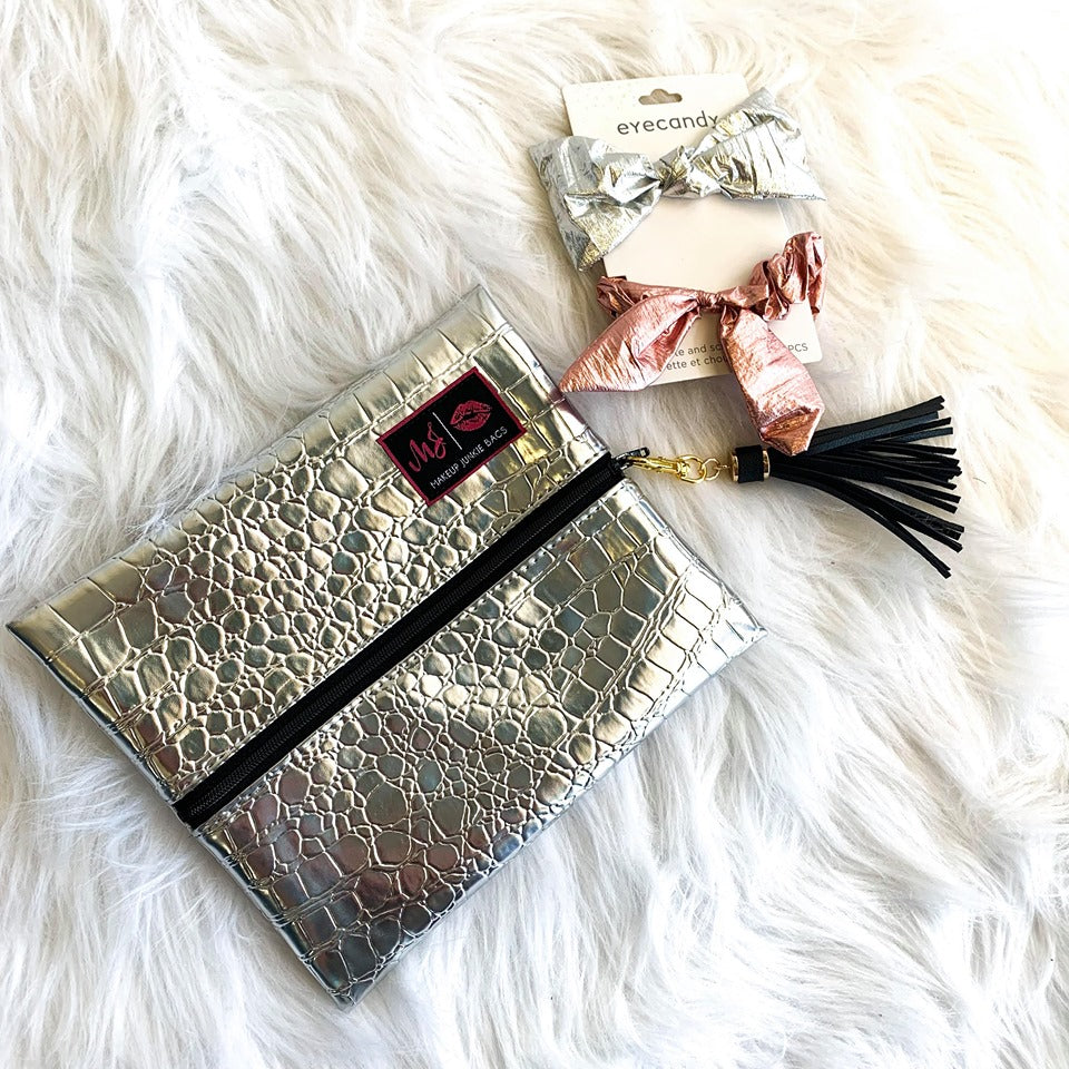 SMALL SILVER GATOR MAKE UP JUNKIE BAG