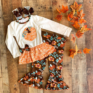 PUMPKIN PATCH AUTUMN FLORAL FALL  OUTFIT