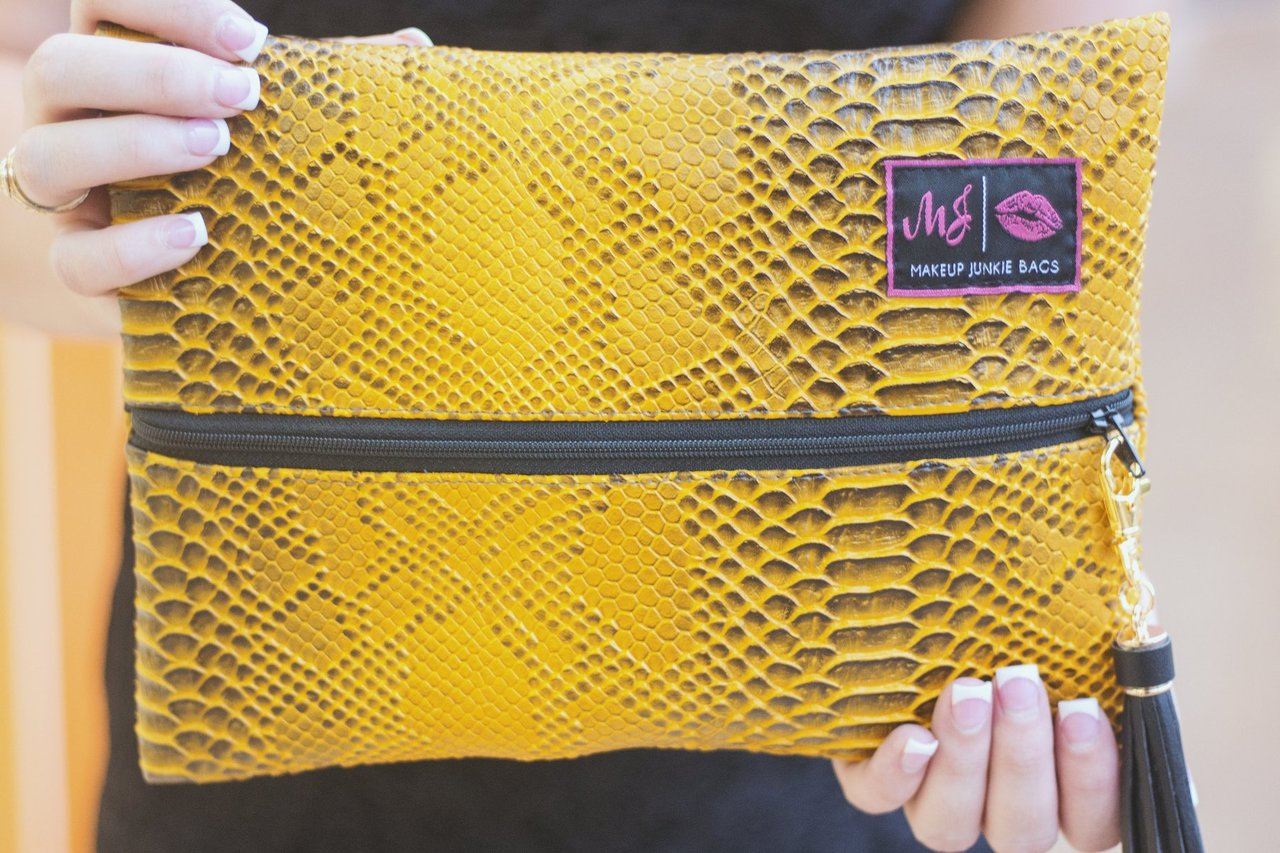 SMALL MUSTARD COBRA MAKE UP JUNKIE BAG