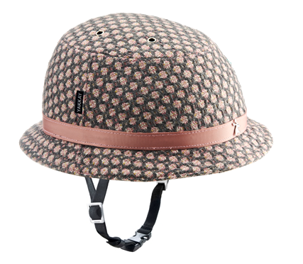 YAKKAY Smart Two helmet with Tokyo Rose cover.