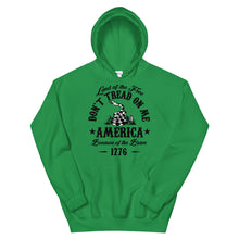 Load image into Gallery viewer, Don't tread on me Unisex Hoodie