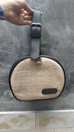 Load image into Gallery viewer, Felistianova - Nowa Circle Burlap Leather Bag Lurik Lining