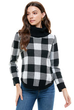 Load image into Gallery viewer, Gianna Turtleneck Buffalo Check Sweater