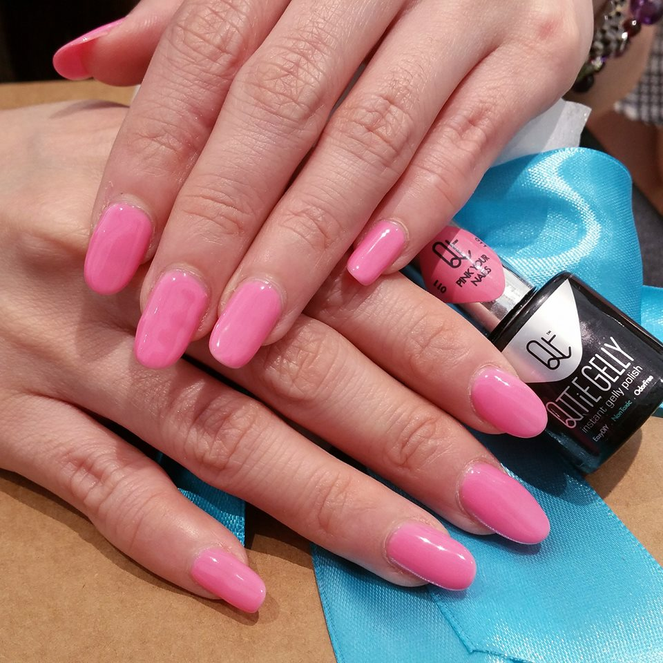 #11 Pink Your Nails Qttie Gelly Color Gel 7ml