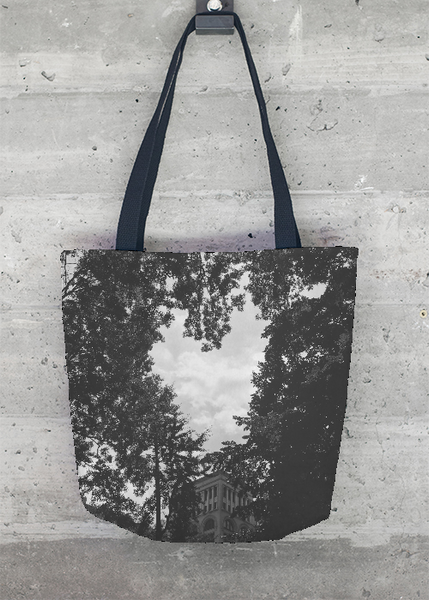 Finding Love in the Park Tote