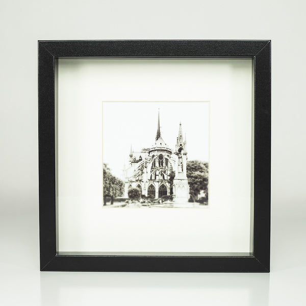 9 x 9 framed photograph: Notre Dame