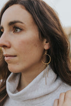 Load image into Gallery viewer, Gold Sunlight Earrings