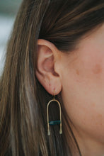 Load image into Gallery viewer, Moss Agate Hammered Earrings