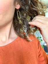 Load image into Gallery viewer, Geometric Burst Earrings