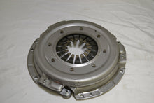 Load image into Gallery viewer, Honda Clutch cover