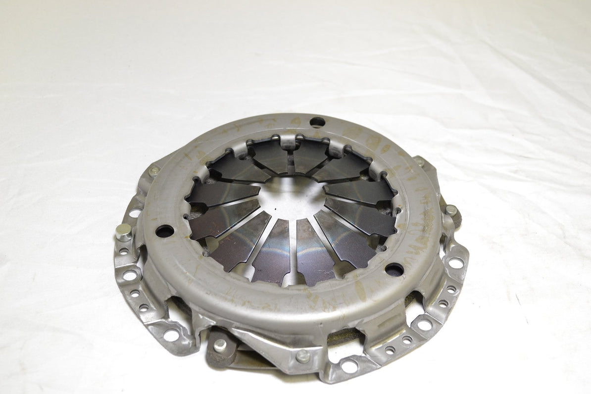 Mitsubishi Clutch Cover