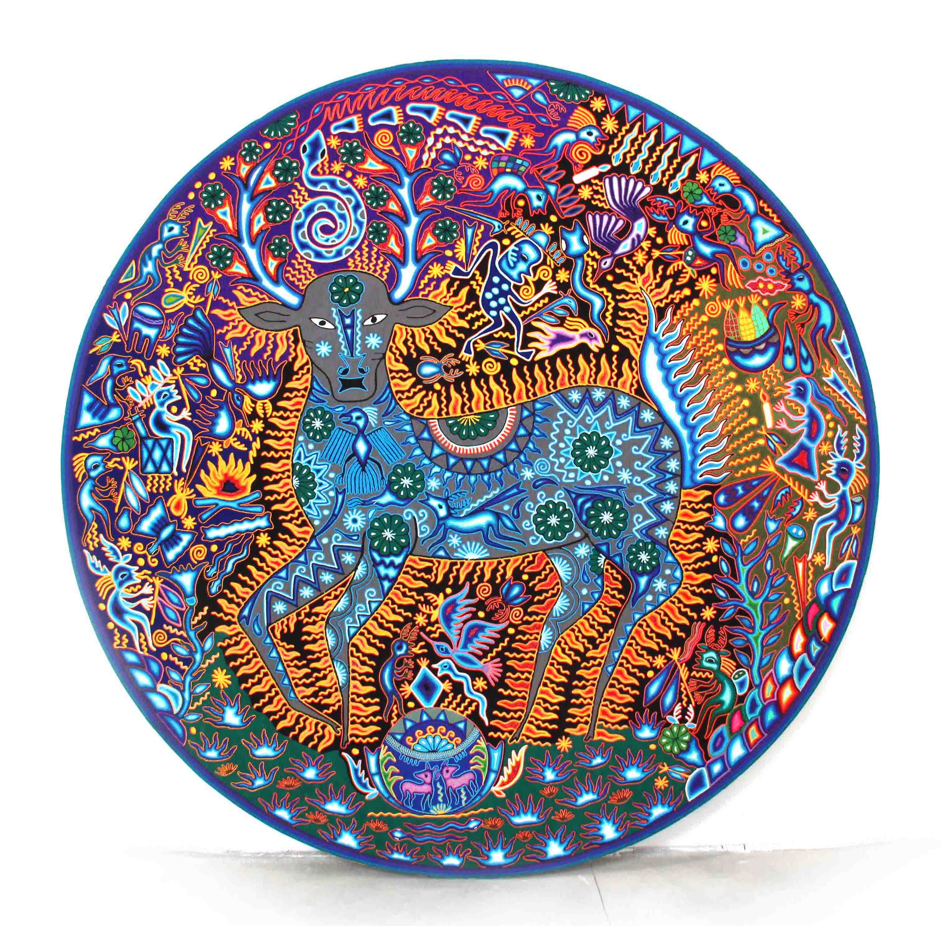 Huichol yarn nierika in a 160 cm wooden circle. in diameter with a deer and peyotes
