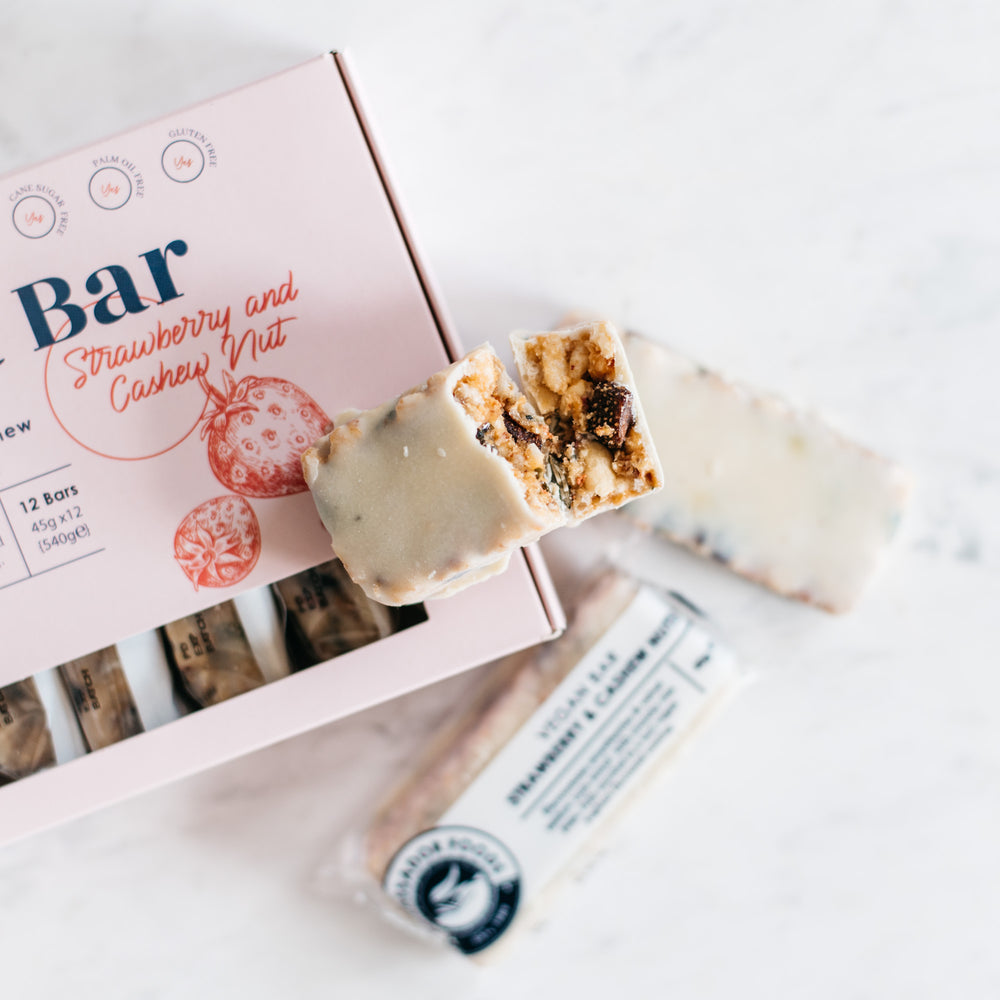 Load image into Gallery viewer, Yo'ghurt Bar – Strawberry and Cashew (includes 12 units)
