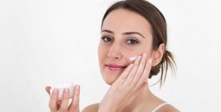 Arctic Berry Peel Brings Home a Youthful Appearance